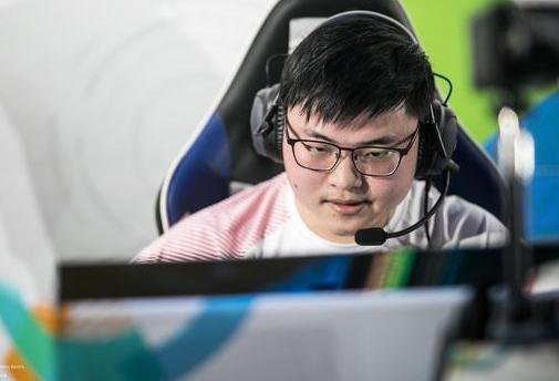 亚运会英雄联盟表演赛首日中国团队3胜1负