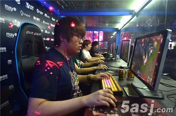 首批上海市电竞运动员注册新增《王者荣耀》《皇室战争》